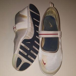 Nike Free Mary Jane Dorothy Trainer Athletic Shoes